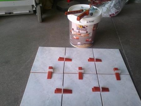 Livellatori per piastrelle raimondi riparazioni appartamento - Livellatori per piastrelle ...